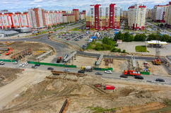 Construção do resultado de dois níveis na estrada do desvio Fotografia de Stock
