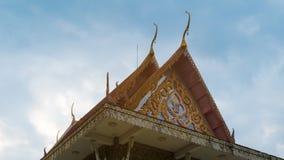 Construção do templo com céu atrás, Banguecoque Tailândia Imagem de Stock