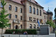 Construção do tribunal em Nuremberg fotografia de stock