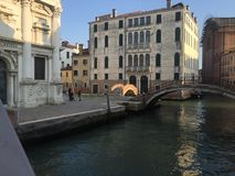 Construção e ponte em Veneza Foto de Stock Royalty Free