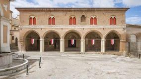 Construção em Fabriano Itália Marche foto de stock