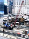 Construção em uma cidade Fotos de Stock Royalty Free