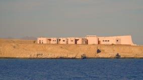 Construção em uma praia abandonada Egypt video estoque