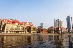 Construção europeia do estilo ao longo do Haihe River em Tianjin, China fotos de stock royalty free