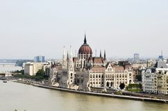 A construção húngara do parlamento de Budapest imagens de stock