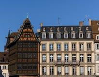 Construção histórica de Maison Kammerzell no lugar Du março em Strasbourg Alsácia, France Imagens de Stock Royalty Free