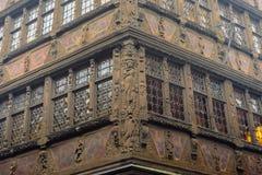 Construção ihistorical de Maison Kammerzell no lugar Du março em Strasbourg Alsácia, France Foto de Stock
