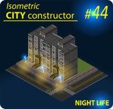 Construção isométrica moderna na luz da noite Fotos de Stock Royalty Free