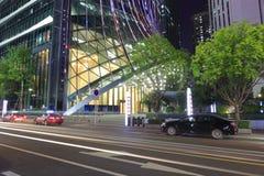 Construção Kk100 da cidade de shenzhen na noite imagens de stock royalty free