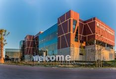 Construção médica moderna na terra de Ventura Fotografia de Stock Royalty Free