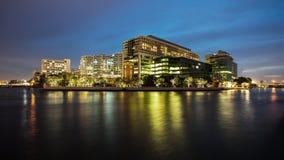 Construção moderna no crepúsculo, hospital principal do governo de A Imagem de Stock