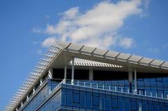 Construção moderna no vidro Imagens de Stock Royalty Free
