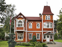 Construção na cidade de Jurmala latvia foto de stock royalty free