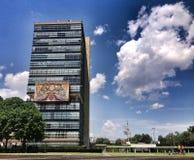 Construção nacional da universidade de México fotos de stock