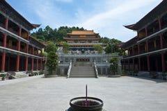 Construção no templo vermelho do caracol Fotografia de Stock