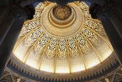 Construção ornamentado luxuosa interior do teto do palácio Imagens de Stock Royalty Free