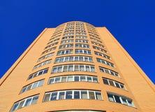 Construção residencial moderna da fachada, torre Fotografia de Stock Royalty Free