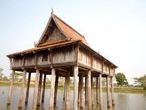 construção tailandesa do estilo, ubonratchathani, Tailândia imagem de stock