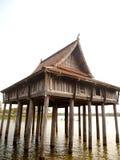 Construção tailandesa do estilo, ubonratchathani, Tailândia fotos de stock