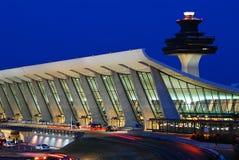 Construção terminal principal do aeroporto internacional de Dulles fotografia de stock royalty free