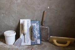 A construção utiliza ferramentas a massa de vidraceiro Fotografia de Stock Royalty Free