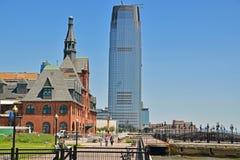 Construção velha e nova Liberty State Park Jersey City próximo foto de stock royalty free
