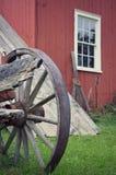 Construção vermelha da roda de vagão Imagens de Stock Royalty Free