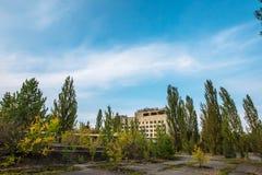 Construções abandonadas da zona de Pripyat Chornobyl da cidade fantasma Fotografia de Stock