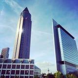 Construções altas da elevação de Francoforte Imagens de Stock