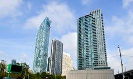 Construções altas da elevação em Toronto do centro Fotos de Stock
