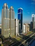 Construções bonitas em Dubai foto de stock
