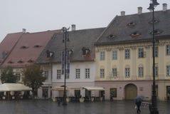 Construções com 'os olhos em Sibiu, Romênia imagem de stock
