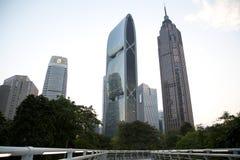 Construções diferentes do estilo do grupo no por do sol de Guangzhou Imagens de Stock