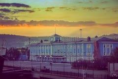 construções do porto, porto, porto Murmansk, Rússia Foto de Stock Royalty Free