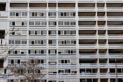 Construções e arquitetura funcional de Lyon foto de stock