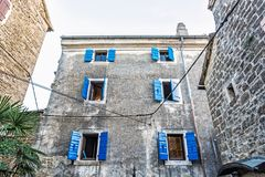 Construções históricas em Groznjan, Croácia foto de stock royalty free