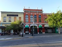 Construções históricas em Victoria do centro, Canadá fotografia de stock royalty free