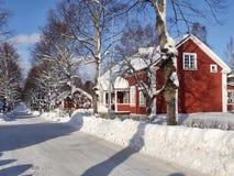 Construções mais velhas típicas em Sörforsa - Hudiksvall imagem de stock royalty free