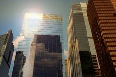 Construções modernas do negócio/cidade urbana dos Skyscrapers/ imagem de stock royalty free