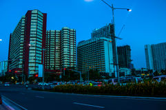 Construções na avenida de Roxas Fotografia de Stock Royalty Free