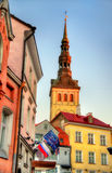 Construções no centro histórico de Tallinn Foto de Stock