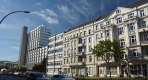 Construções Pharma AG, de administração e de laboratório de Bayer de fármacos dos cuidados médicos de Bayer em Berlim, Alemanha Imagens de Stock Royalty Free