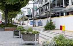 Construções sob a reconstrução na alameda próxima do reinício da rua de Cashell Imagens de Stock