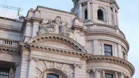 Construções típicas em Whitehall Londres vídeos de arquivo