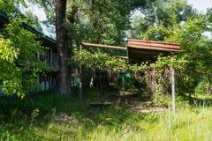 Construções velhas abandonadas dos centros recreativos imagens de stock royalty free