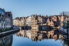 Construções velhas em Ghent durante o dia Fotos de Stock