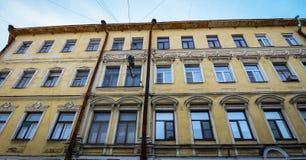 Construções velhas situadas em Vyborg, Rússia Foto de Stock Royalty Free