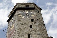 Construído da pedra a torre de pulso de disparo em Rapperswil Fotografia de Stock
