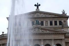 Constru??o velha de Opera em Francoforte fotos de stock royalty free