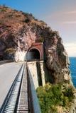 Construa uma ponte sobre a vila do Furore, dei Marini de Conca, península de Amalfi Fotografia de Stock Royalty Free